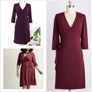 ModCloth burgundy 3/4 sleeve wrap stretch dress-L
